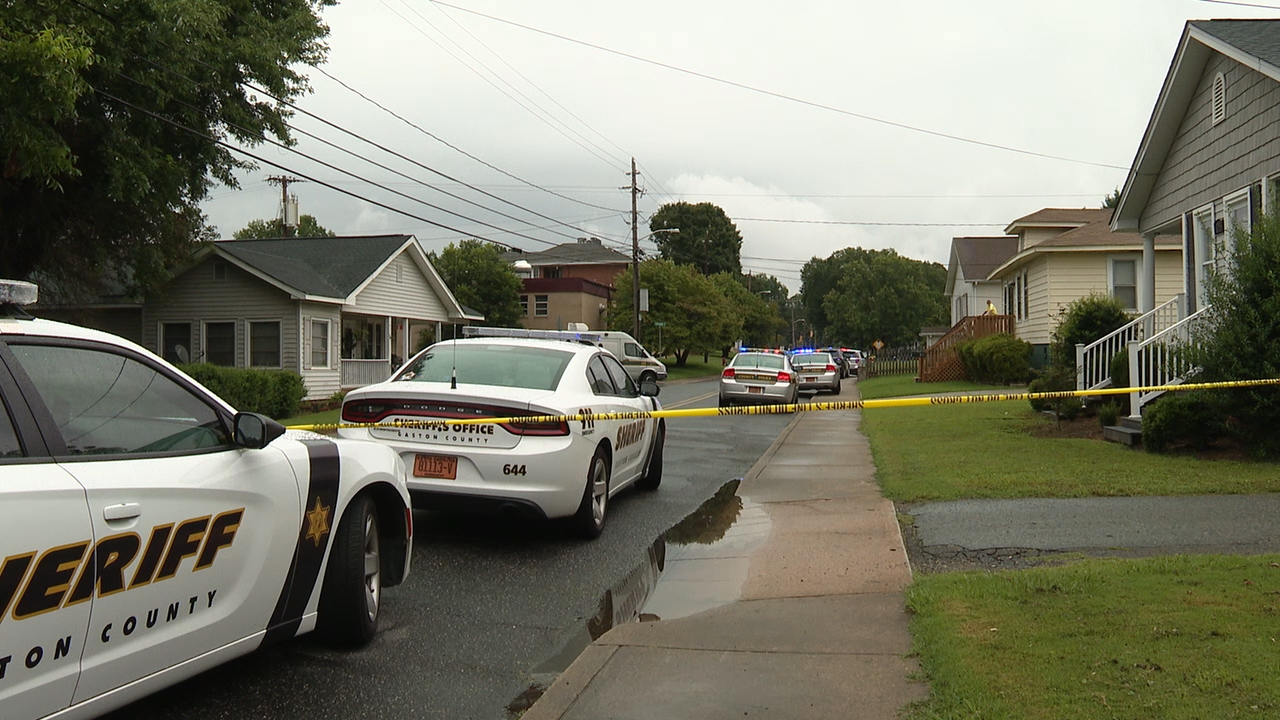 Standoff in Gaston County after man shoots at police